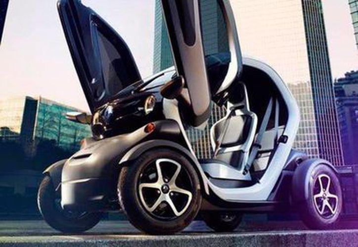 El automóvil eléctrico Twizy, de la firma Renaul, llegó a México, y se une a otros dos modelos de vehículos no contaminantes que se venden en el país. (ansalatina)
