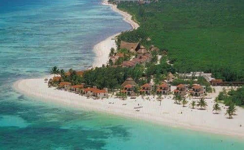 La empresa turística Tres Ríos ingresó una solicitud ante la Semarnat para frenar la erosión en las playas de Punta Bete. (Foto de contexto/Internet)