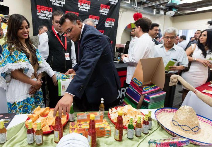 Este jueves se inauguró en Houston, Texas, la Expo Yucatán Internacional, en la que se buscan conexiones de negocios. (Cortesía)