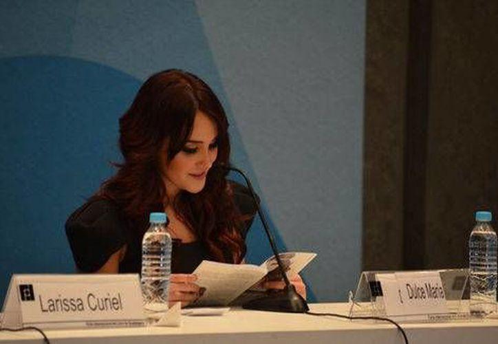 """Dulce aseguró que pasaron ocho años para que se hiciera este """"Dulce Amargo"""" (Alejandra Paredes/Milenio)"""