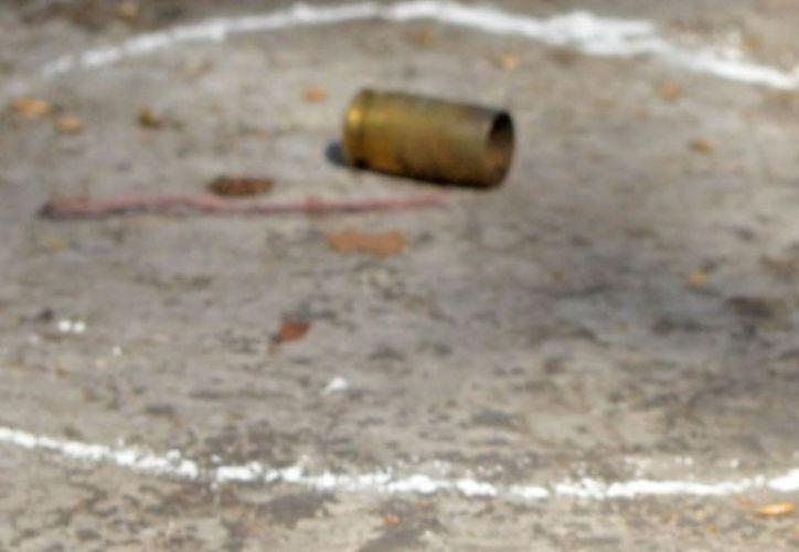 La agresión se registró cuando cruzaron la calle de Pino Suárez. (vanguardia.com)