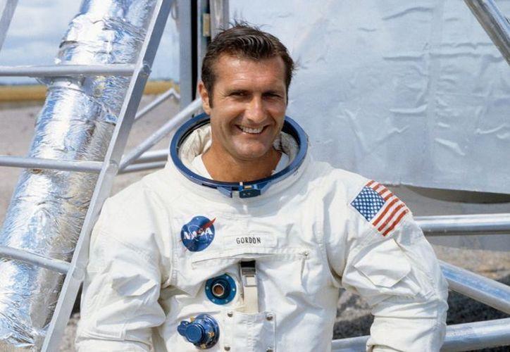 """Richard """"Dick"""" Gordon, uno de los pocos en viajar a la Luna. (Vanguardia)"""
