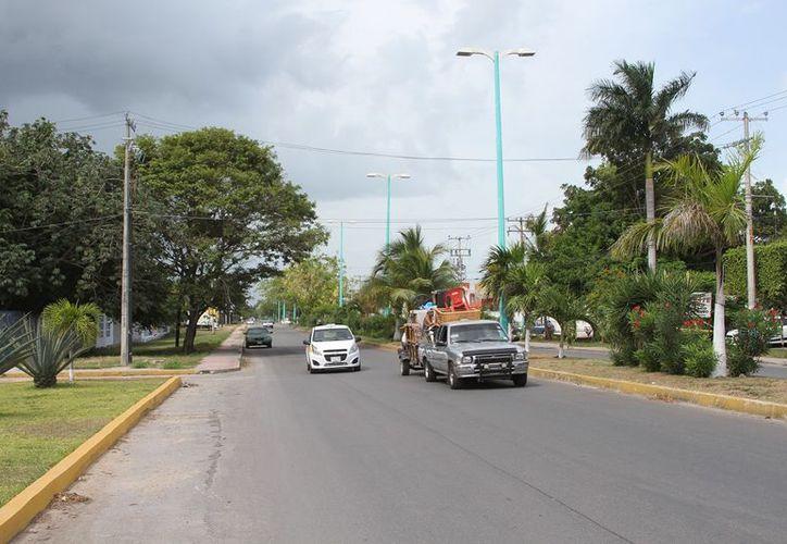 La deuda del Ayuntamiento fue por 80 facturas vencidas por renta de luminarias, que hace más de nueve años ascendieron a 488 millones de pesos. (SIPSE)