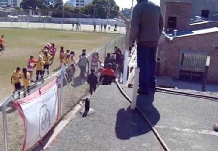 Las jugadoras protagonizaron una pelea campal que llevó a cuatro jugadoras al hospital. (Foto: Infobae)
