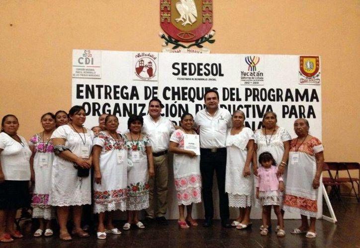El proyecto impulsa la participación de la mujer maya en el campo. (Milenio Novedades)