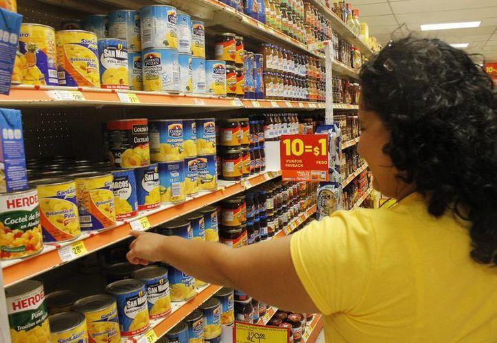 A partir de julio las participantes empezarán a verificar el precio de los productos. Las denuncias prodrán presentarlas a través de un portal personal. (Jesús Tijerina/SIPSE)