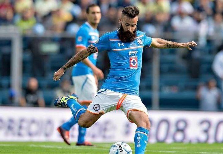 Marc Crosas se ha recuperado de una lesión de ligamentos luego de nueve meses de rehabilitación, sin embargo, no entra en los planes de La Máquina para la próxima campaña. (Archivo/ Mexsport)