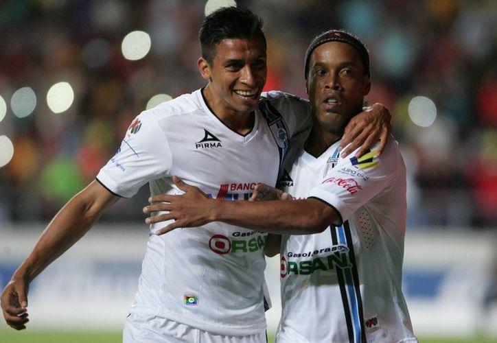 Los partidos de la final entre Santos y Gallos Blancos se llevarán a cabo los días jueves y domingo (Notimex)