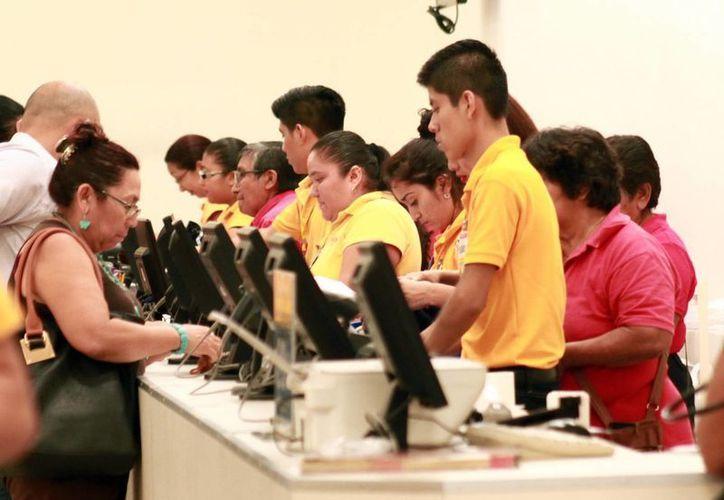 La cifra de empleos generados en Yucatán, durante 2016, rebasó, en mil 600, la del año pasado. (Jorge Acosta/Milenio Novedades)