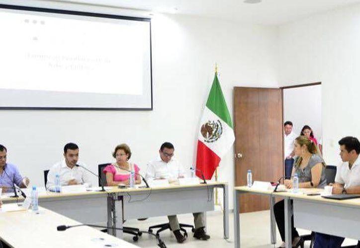 La iniciativa Ley de voluntad anticipada fue presentada por diputados del PAN y la analizará una comisión del Congreso del Estado. (Milenio Novedades)