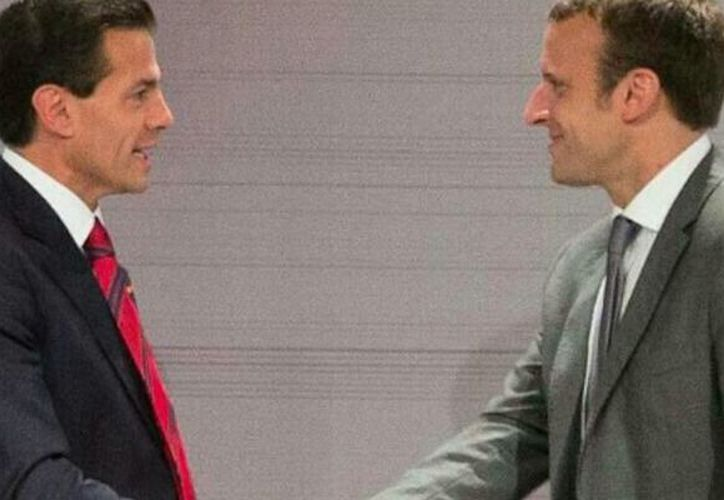 El domingo, con 39 años de edad, Emmanuel Macron se convirtió en el nuevo presidente de Francia. (Twitter/ @EPN).