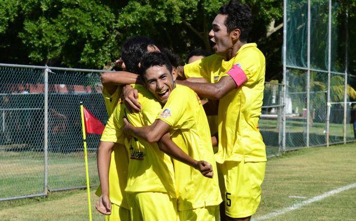 El equipo de Venados sumó su tercera victoria consecutiva para permanecer en el liderato del presente torneo.(Daniel Sandoval/Milenio Novedades)