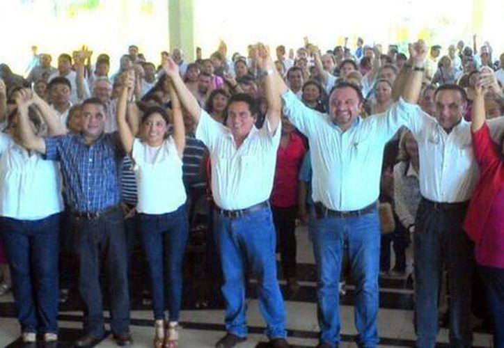 Pavón Flores se mostró agradecido por la expresión de solidaridad. (Milenio Novedades)