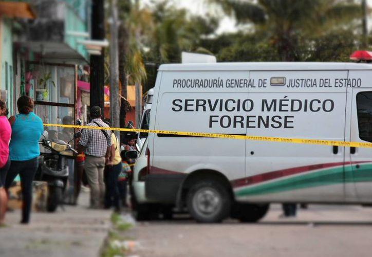 El cuerpo fue trasladado al Servicio Médico Forense. (Redacción/SIPSE)