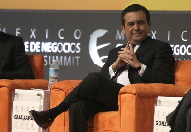 El secretario de Economía, Ildefonso Guajardo, indicó que viajará hoy por la tarde junto con  Luis Videgaray, secretario de Relaciones Exteriores, a Washington para hablar con del gobierno de Trump sobre comercio, migración y seguridad. (Archivo/Notimex)