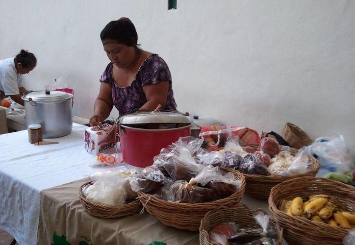Los habitantes de las comunidades preservan sus tradiciones. (Redacción/SIPSE)