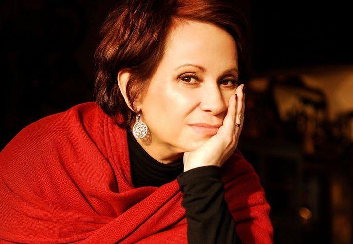 Entre los artistas que más destacan en la película están: Kuno Becker, Adriana Barraza (en la foto) y el desaparecido Pedro Armendáriz. (Archivo Notimex)