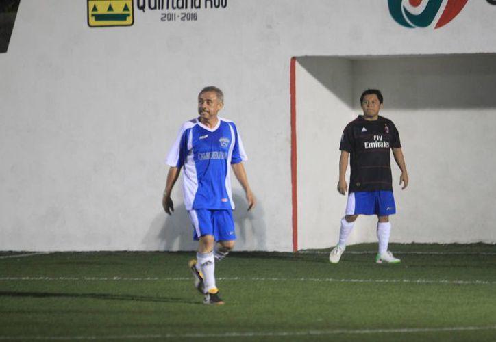 """Hoy se enfrentan """"López F.C"""" contra """"Los Tomandantes"""" a las 18:00 horas.  (Alberto Aguilar/SIPSE)"""