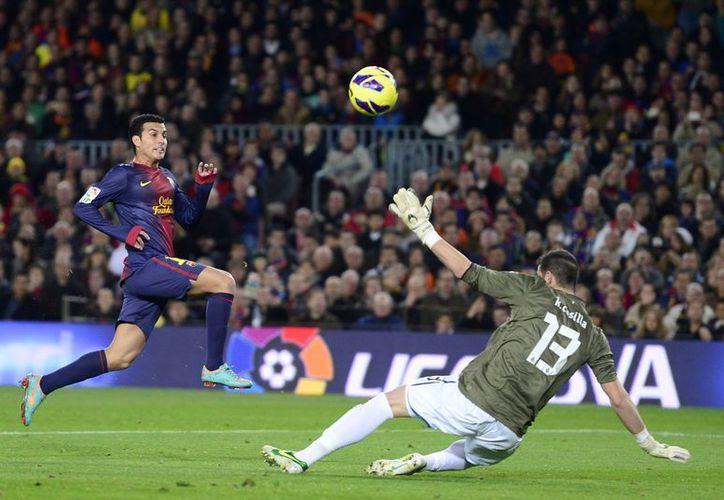 Pedro anota el tercer gol del juego. (Agencias)