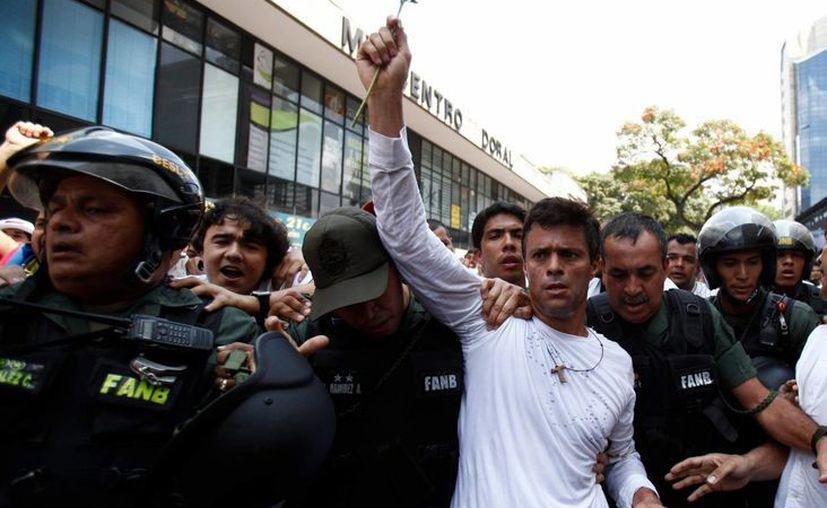 De acuerdo con las primeras indagaciones, el amigo de Leopoldo López, Daniel Gómez, junto conGustavo Jiménez practicaban ciclismo en El Ávila cuando fueron sorprendido por delincuentes. (Agencias)