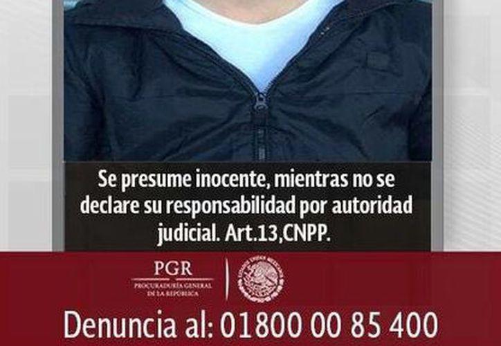 Diego Gabriel es requerido por la justicia de Veracruz, donde tiene una orden de aprehensión por su presunta responsabilidad en el delito de pederastia. (twitter.com/PGR_mx)