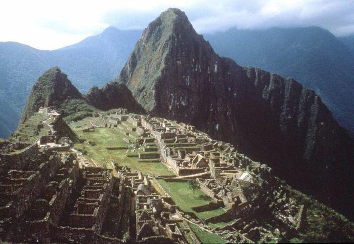 Las autoridades culturales peruanas llamaron a los prestadores de servicios turísticos a tomar medidas ante el cierre temporal del acceso a la zona arqueológica de Machu Picchu. (EFE/Archivo)