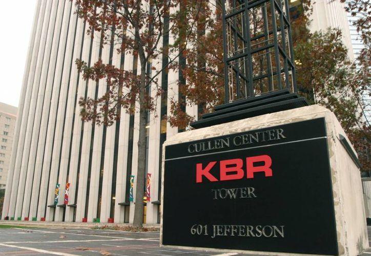 La empresa estadounidense KBR ganó el litigio legal que mantenía con la mexicana Pemex, tras años en los tribunales. (clui.org)