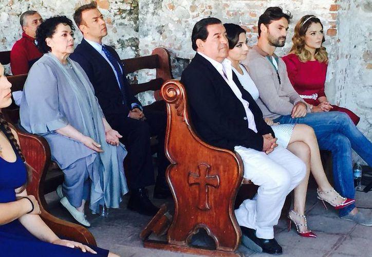 Una misa se llevó a cabo en Morelos por el inicio de grabaciones de la telenovela 'Lo imperdonable'. (Notimex)