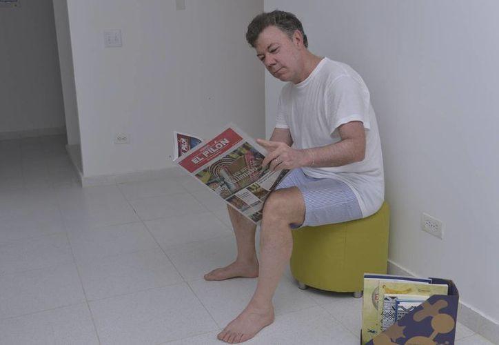 El Mandatario madrugó a leer el diario de la capital del Cesar. (presidencia.gov.co)