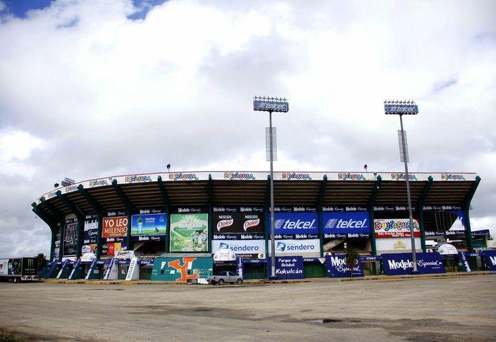 Se invirtieron 300 millones de pesos en la rehabilitación de la Unidad Deportiva Kukulcán. (Milenio Novedades)