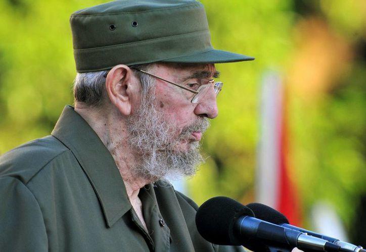 Fidel Castro indicó que defenderá siempre 'la cooperación y amistas con todos los pueblos del mundo'. (Archivo/EFE)
