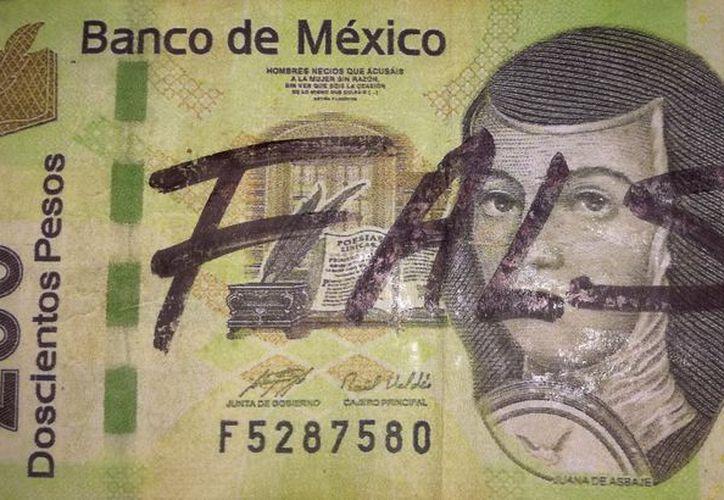 Billetes de diferente denominaciones han sido detectados en comercios informales en la capital yucateca. (SIPSE)