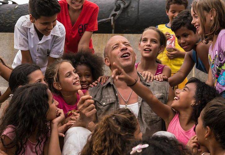 Vin Diesel, actor de 'Fast and Furious 8' no ha ocultado su alegría de grabar en La Habana. (Facebook/ Vin Diesel)