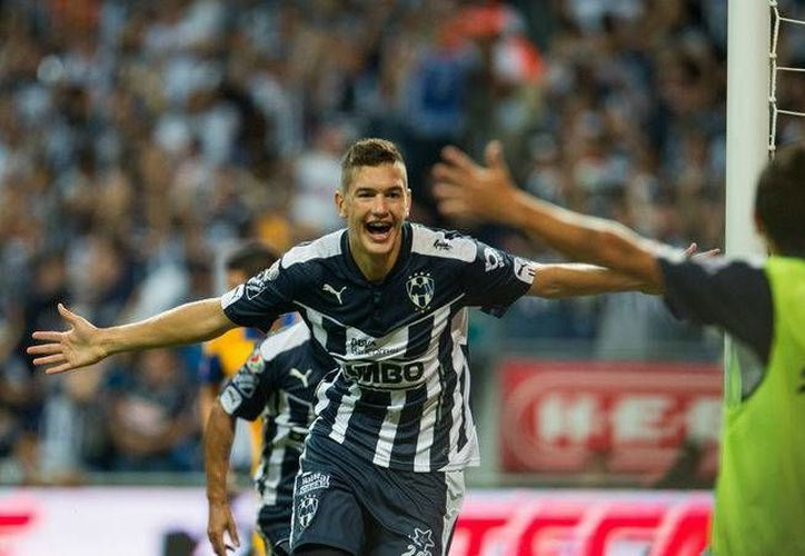 El gol de César Montes dio la calma a los Rayados quienes tuvieron un mal primer por el que casi quedan fuera de la liguilla. (Mexsport)