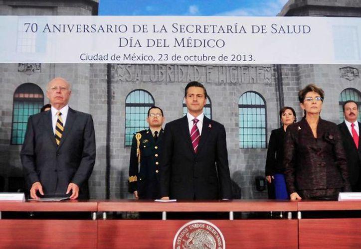 El anuncio fue dado a conocer durante la ceremonia por el 70 aniversario de la Secretaría de salud. (presidencia.gob.mx)