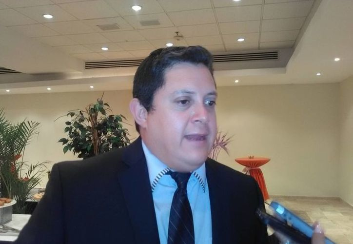 Edgar Rodolfo Benítez Cejudo, durante el marco de las XVII Jornadas Médicas Cancún 2016 en el Hotel Krystal. (Teresa Pérez/SIPSE)