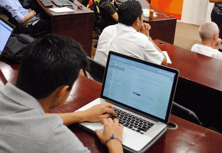 Los planes de estudio relacionados con las tecnologías de la información son requeridos en la entidad, según las autordiades. (Archivo/ Milenio Novedades)