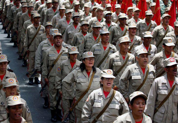 Nicolás Maduro, aprobó un plan para expandir a 500 mil los miembros de la Milicia Bolivariana. (MVS).