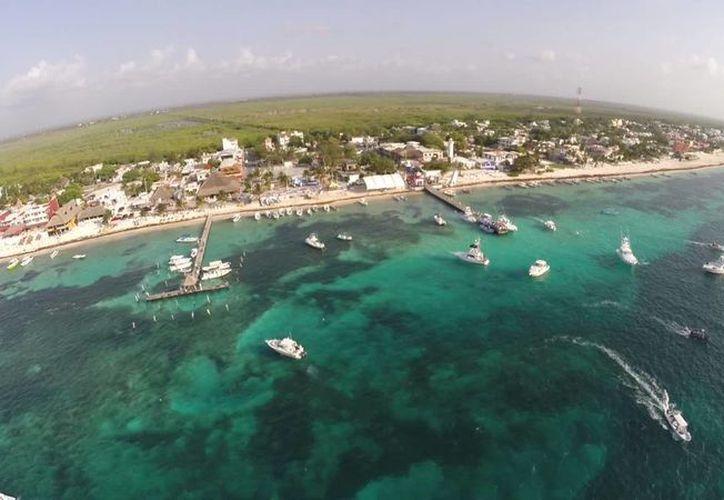 Los legisladores aprobaron que Puerto Morelos se convierta en municipio. (Sergio Orozco/SIPSE)