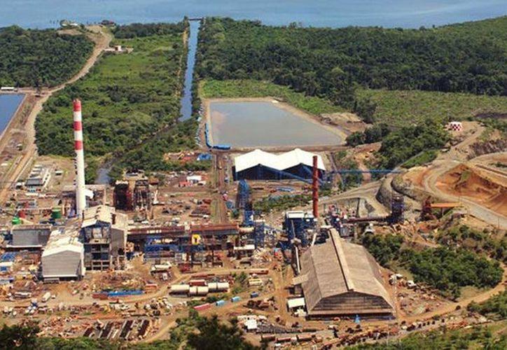 Se reportó que tres personas fallecieron en el interior de la mina, y otros dos en un hospital cercano.  Imagen de la mina. (cgn.com.gt)