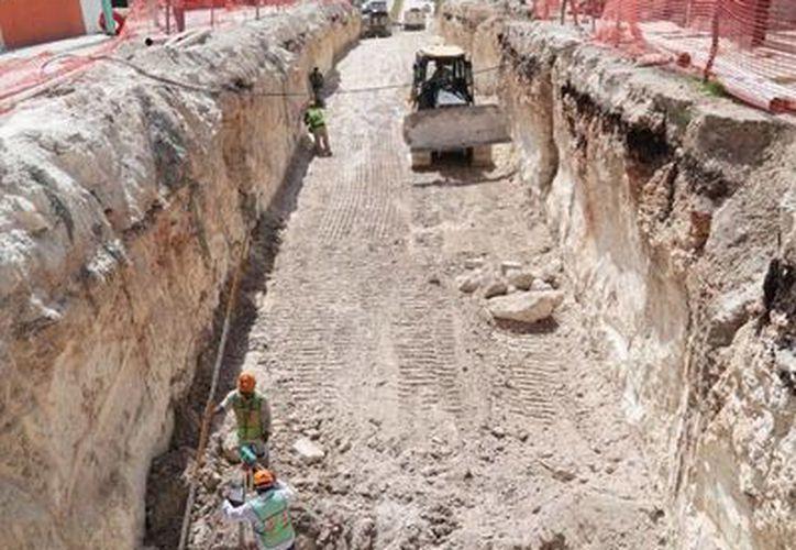 En Chetumal se renovaron 18 kilómetros de redes con una inversión cercana a los 20 millones de pesos. (Harold Alcocer/SIPSE)