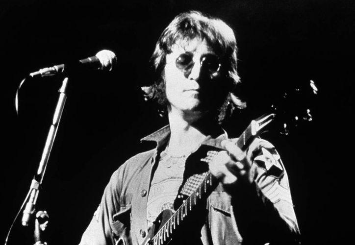 La vivienda ha tenido diversos propietarios desde que la ocupara la familia de Lennon. (EFE/Archivo)
