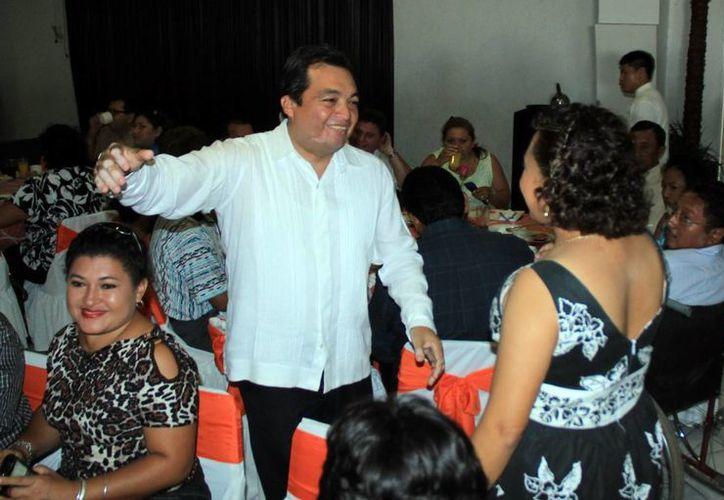 El dirigente de la Sección 57 del SNTE, Ángel Burgos Narváez. (SIPSE)