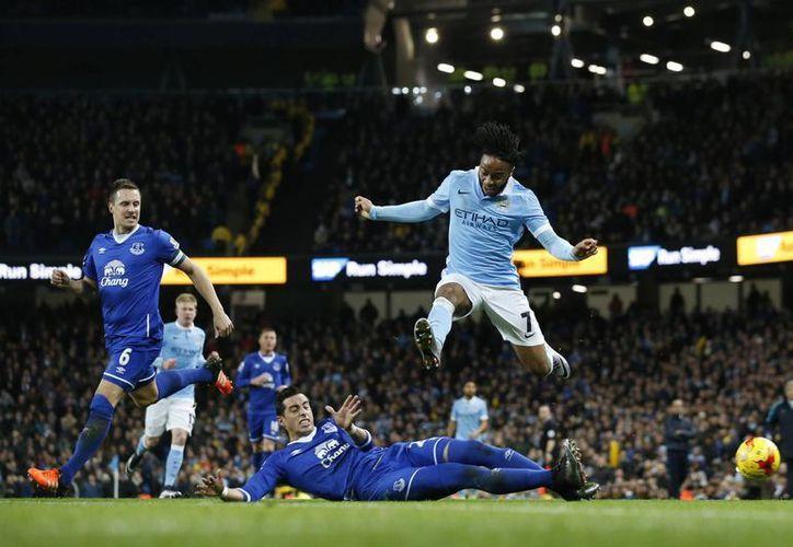 Este miércoles, en el Etihad Stadium, el Manchester City logró darle la vuelta al Everton en la semifinal de vuelta para clasificarse a la final de la copa inglesa. (Imágenes de AP)