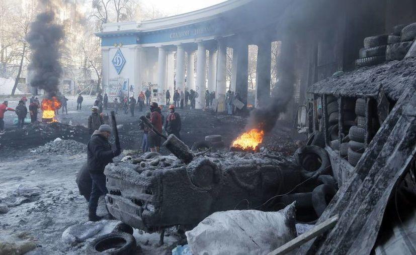 Los manifestantes exigen que Yanukovych renuncie y se convoque a elecciones. (Agencias)