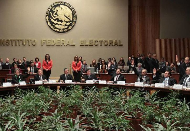 en la gráfica la sesión del Consejo del Consejo General, del Instituto Federal Electoral. (Agencias)