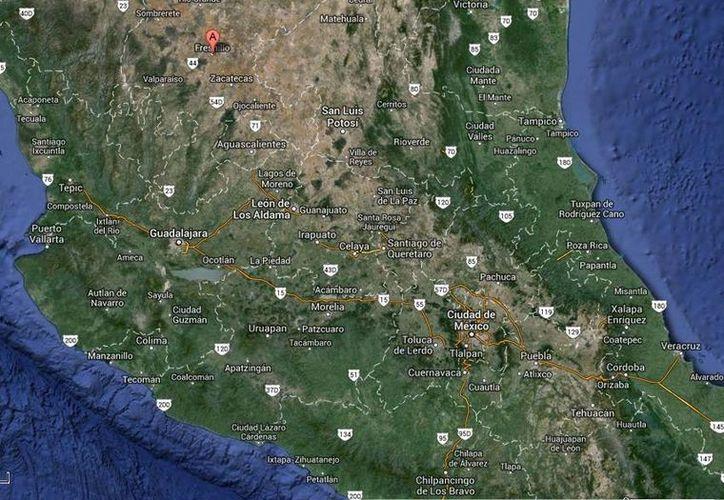 La denuncia sobre los cadáveres hallados en un puente de la Avenida Enrique Estrada, en Fresnillo, fueron recibidos a las 06:45 horas de este lunes. (Google Maps)