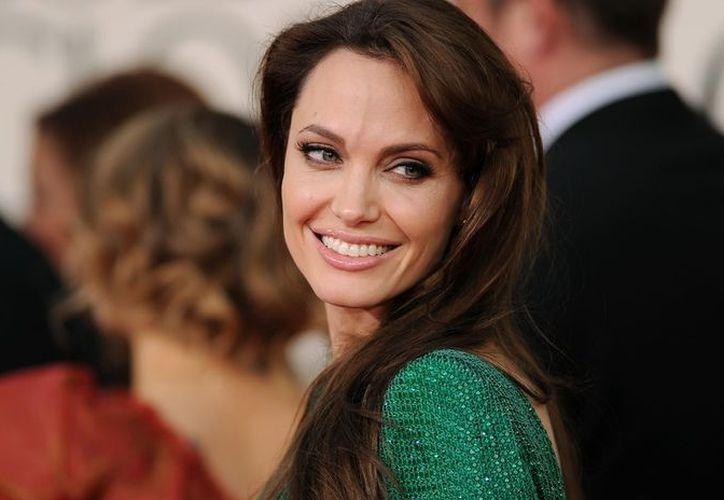 Angelina Jolie habló a los estudiantes delos derechos de las mujeres y sobre los campos de refugiados. (Foto: Contexto/Redacción)