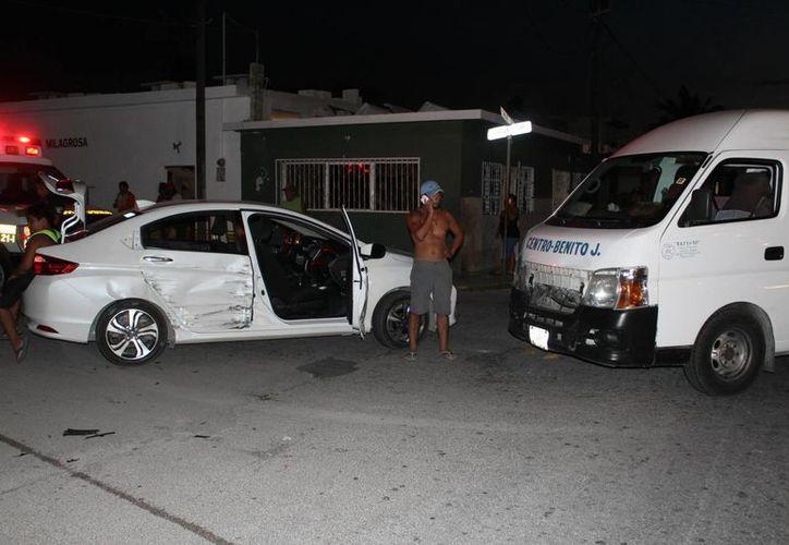Un hombre ebrio causó un accidente vial en Progreso con tres heridos. (Gerardo Keb/Milenio Novedades)
