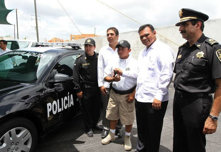 Los vehículos entregados al Ayuntamiento de Progreso fueron adquiridos mediante el programa Subsemun. (Cortesía)